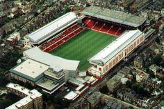 Arsenal's Old Highbury Stadium -- North London, UK. Another ground I had to visit to see Everton Arsenal Stadium, Arsenal Football, Arsenal Fc, Soccer Stadium, Soccer Fans, Football Stadiums, British Football, European Football, Stadium Architecture