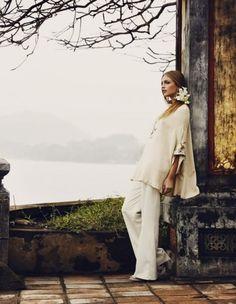 A blossoming 2012 fashion trend. So elegant...