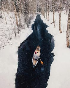 Paddling through a winter wonderland ❄️ PC: @kpunkka #tentree