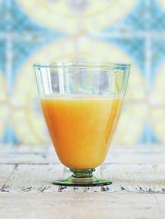 Recipe:しょうがとゆずのジュース/甘酸っぱいゆずとパイナップルにしょうががピリリとアクセント