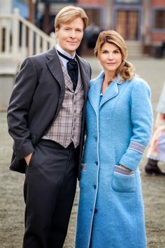 Its a Wonderful Movie - Your Guide to Family Movies on TV: WHEN CALLS THE HEART - Season 2 on the Hallmark Channel