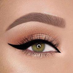 makeup looks;eye makeup tut… – Make Up Time Gold Eye Makeup, Natural Eye Makeup, Makeup For Brown Eyes, Eyeshadow Makeup, Eyeliner, Makeup Monolid, Eyeshadow Base, Eyeshadow Palette, Make Up Designs