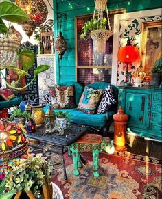 Bohemian House, Bohemian Interior, Bohemian Decor, Boho Chic, Living Room Decor, Bedroom Decor, Colourful Living Room, Funky Furniture, Cozy House