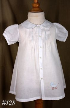 Creations by Michie' 128 Baby Daygown por CreationsbyMichie