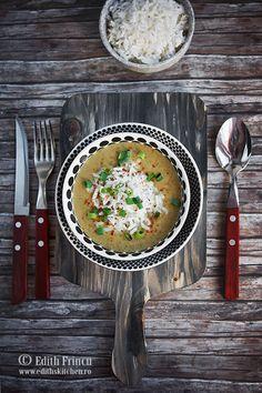 Supa crema de linte cu cocos - o supa crema aromata cu ghimbir, turmeric, ceapa si usturoi, imbogatita cu lapte de cocos.