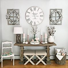 Exceptional farmhouse living room decorating ideas are readily available on our site. look at this and you wont be sorry you did. Decor, Foyer Decorating, Farm House Living Room, Interior, Living Room Remodel, Living Decor, Home Decor, Room Decor, Clock Wall Decor