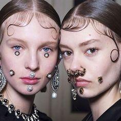 Givenchy Fall 2015 makeup