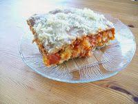 """#vegan #kartoffel #lasagne #rezept #bio #regional #pasta Das Originalrezept für die vegane Kartoffel-Lasagne stammt von Sante de Santis """"Il mondo della pasta"""", aber ich hab meins draus gemacht und das möchte ich Euch hier vorstellen. Es ist ein längerer Kochausflug, aber das Ergebnis ist es wert, weil's so gut schmeckt und als Fertiggericht zum Glück noch nicht erhältlich ist. http://www.schatzwaskochichheute.at/2014/04/vegane-kartoffellasagne.html Viel Freude beim Nachkochen"""