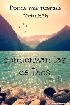 Todo lo puedo en Cristo que me fortalece. Filipenses (I can do all things in Christ who strengthens me. Faith Quotes, Bible Quotes, Bible Verses, Me Quotes, Wisdom Quotes, Qoutes, Gods Not Dead, God Loves You, Spanish Quotes