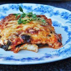 Halloumilasagne - Mitt kök Clean Recipes, Raw Food Recipes, Veggie Recipes, Pasta Recipes, Italian Recipes, Cooking Recipes, Healthy Recipes, Vegetarian Cooking, Vegetarian Recipes