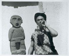 ФРИДА КАЛО Кало Фрида (Kahlo Frida, 1907—1954) – всемирно известная мексиканская художница, жена художника Диего Риверы . ФРИДА для м...