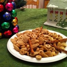 Chex-Cheerios Snack Mix