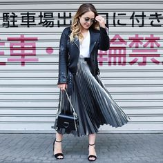 793.1k Followers, 506 Following, 2,572 Posts - See Instagram photos and videos from Fleur De Force (@fleurdeforce) Evening Outfits, Summer Outfits, Work Outfits, Leather Jacket Outfits, Fall Wardrobe, Outfit Of The Day, Winter Fashion, Street Style, Style Inspiration