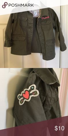 Adorable toddler Army jacket Great shape, size 2t Carter's Jackets & Coats