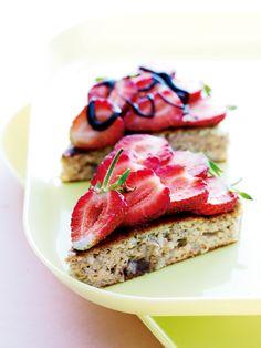 Banankage uden mel, så her kan selv glutenallergikere være med, hvis man vælger bagepulver uden gluten.