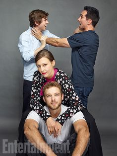 Actors Freddie Highmore, Nestor Carbonell, Vera Farmiga and Max Thieriot from 'Bates Motel' are photographed for Entertainment Weekly Magazine on July 2016 at Comic Con in the Hard Rock Hotel in. Get premium, high resolution news photos at Getty Images Norman Bates, Entertainment Weekly, Max Theriot, Bates Motel Cast, Freddie Highmore Bates Motel, Bates Hotel, Vera Farmiga, Good Doctor, Film Serie