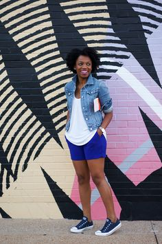 Comfortable Style: 30 Black Bloggers Who Make Sneakers Look Incredibly Chic