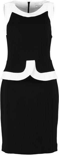 Dit jurkje geeft je zo het Oh' la la gevoel. AMaNIA MO knows what a girl needs! Nu bij www.ohjackie.nl