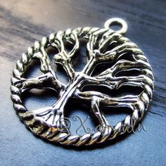 5PCs Tree Of Life Wholesale Silver Plated Round Pendant Charms - C0543