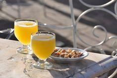 #portugalia #madera #poncha Alcoholic Drinks, Pudding, Wine, Desserts, Food, Wood, Tailgate Desserts, Puddings, Dessert