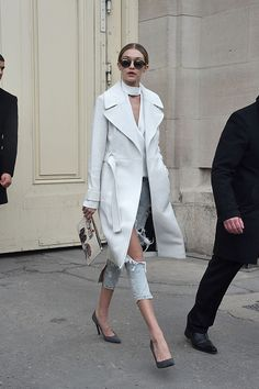 #white #coat #streetstyle