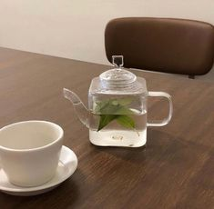 Image about aesthetic in oic by 鹿ノ子 on We Heart It Beige Aesthetic, Aesthetic Food, Aesthetic Korea, Matcha, Think Food, Cafe Food, Tea Time, Coffee Shop, Tea Party