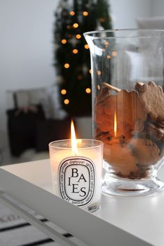 Homevialaura | Happy holidays! | christmas | diptyque scented candle | gingerbreads