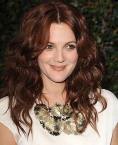 Drew Barrymore Kumral Saç Modelleri