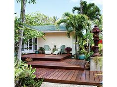 Front-yard entry deck - Home and Garden Design Idea's