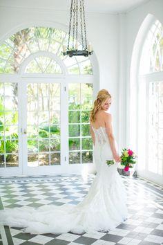 Lowndes Grove Bridal Portrait Session // Dana Cubbage Weddings // Charleston SC Wedding Photography