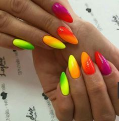 The advantage of the gel is that it allows you to enjoy your French manicure for a long time. There are four different ways to make a French manicure on gel nails. Neon Nail Polish, Neon Nails, Summer Nails Neon, Spring Nails, Colorful Nail Designs, Nail Art Designs, Nails Design, Cute Nails, Pretty Nails