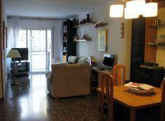 Piso de 91 m2 en Carrer Alcolea - Sin muebles - 3 habitaciones - 2 balcones a calle - Amplio salón-comedor de 25 m2  http://www.alquiler.com/anuncios/piso-de-91-m2-en-sants-barcelona-en-barcelona-6900