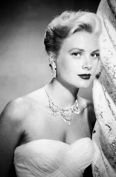Grace Kelly Jewellery