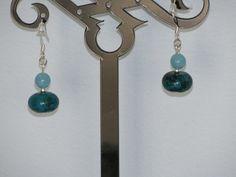 Boucles d'oreilles dormeuses quartz et hémimorphite bleus : Boucles d'oreille…