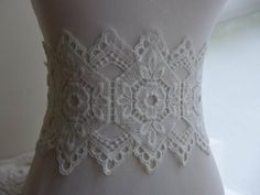 1 yard cream lace trim with vintage style for wedding, sashes, gown, headbands, costumes Wedding Sash, Bridal Sash, Bridal Dresses, Vintage Fashion, Vintage Style, Lace Trim, Headbands, Doll Clothes, Jewelry Design