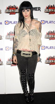 Retrospective of Kat Von D style Punk Rock Fashion, Dark Fashion, Grunge Fashion, Kat Vd, Kat Von D Tattoos, Goth Glam, Rock Hairstyles, Fashion Models, Celebrities