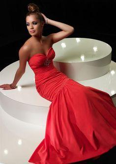 Such a pretty dress ♥