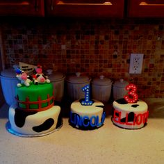 Kids' bday cakes (first cakes I made)