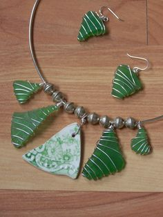 Simple and elegant way to wrapping Sea/Beach glass.