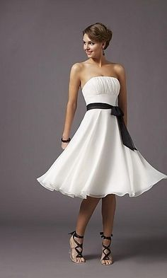 this is actually more like Tovah's idea for a Mad Men themed bridesmaid dress...