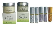 FlexiNail Premium Bonus Pack - FREE Concentrated Anti-Wrinkle Cream. Seven (7) products in this premium pamper package. Two (2) bottles of FlexiNail, two (2) bottles of FlexiNail for Cuticles, one (1) bottle of FlexiNail for Toes, one jar Solstice Beauty Concentrated Anti-Wrinkle Cream and one jar of Solstice Beauty AHA Night Firming Cream. FlexiNail is your answer Brittle, Dry, Cracking and Peeling Fingernails and contains NO Formaldehyde and NO Toluene.