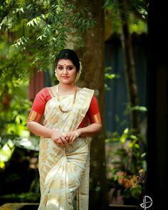 India Beauty, Apron, Sari, Autumn, My Favorite Things, Fashion, Pinafore Apron, Moda, Saree