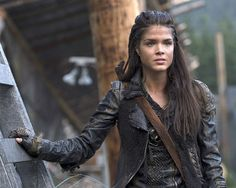 'The 100' Season 3: Marie Avgeropoulos On Bellamy's 'Horrible' Act, Why Will They Fight? [VIDEO]
