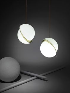 Gorgeous Lee Broom lights will be showcased in Milan. Read more on LightsOnline Blog.