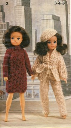 ROBIN Bears & Belles Knitting Booklet. Two outfits for Pedigree Sindy. #sindy #dolls #knitting #patterns