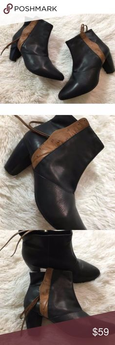 Rebecca Minkoff Black Leather Boots Booties 8.5 Rebecca Minkoff Black Leather Brown Trim Zipper Ankle Boots Booties 38.5 Sz 8.5 Heel height is 3 inches Rebecca Minkoff Shoes Ankle Boots & Booties
