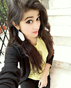 Beautiful Girl Photo, Cute Girl Photo, Beautiful Girl Indian, Girl Photo Poses, Girl Photography Poses, The Most Beautiful Girl, Beautiful Indian Actress, Girl Photos, Beautiful Hands