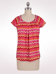 This career top from dressbarn is perfect for work or anytime in between.  The colors are awesome...in love with it!