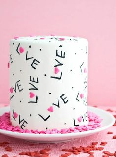 100 Sweet Decoration Cake and Cookies for Valentines Day Ideas 67 1 Valentines Baking, Valentines Day Cakes, Valentine Desserts, Valentine Cookies, Cupcakes, Cupcake Cakes, Pretty Cakes, Beautiful Cakes, Valentine's Day Quotes