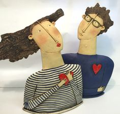 Sarah Saunders makes figurative objects out of Clay. She teaches ceramics and accept commissions. Email for prices and commissions on: sarahsaundersceramics@hotmail.com or by filling in the contact...
